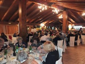 Η εκδήλωση του Ι. Σκιαδά στην Περούτζια, η εικόνα δίνει την οργάνωση και το επίπεδο
